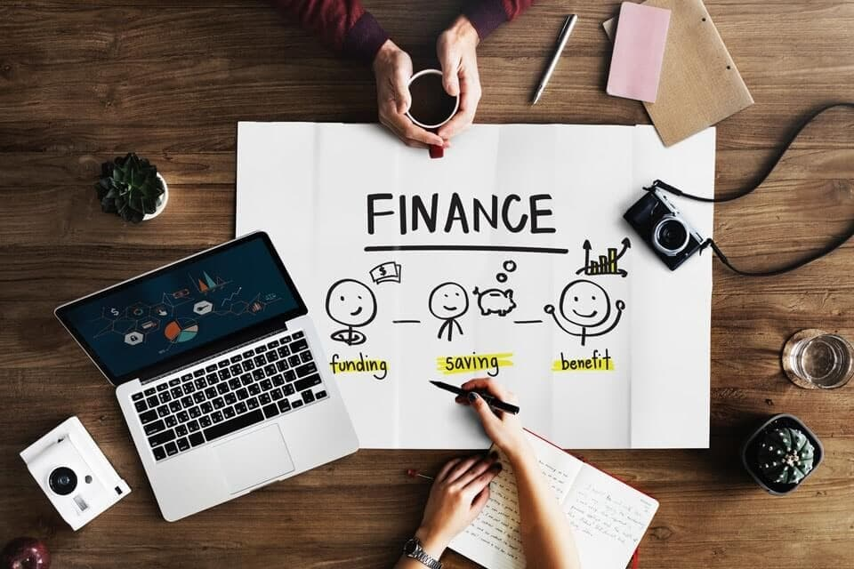 Graduate finance jobs - why pursue a career in the financial sector