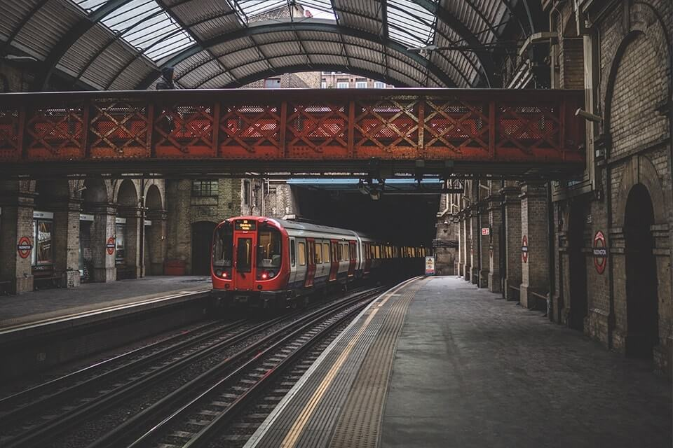 Travelling to London for a graduate job interview? Here's how you can save money